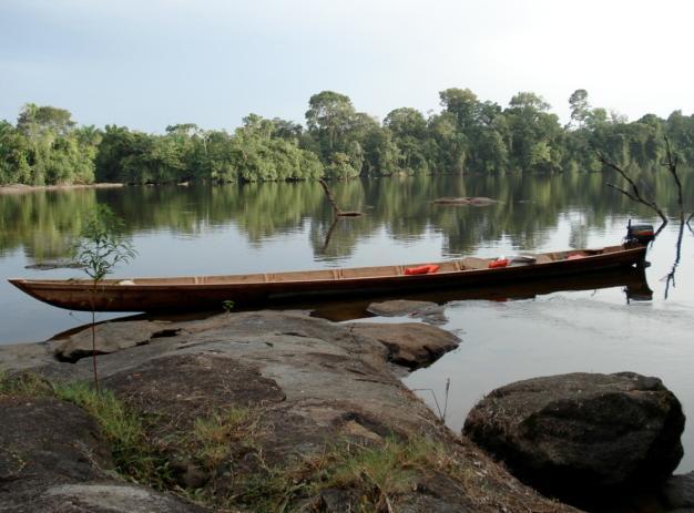 Suriname - onze boot1.jpg