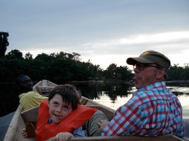 Suriname - op de rivier2.jpg
